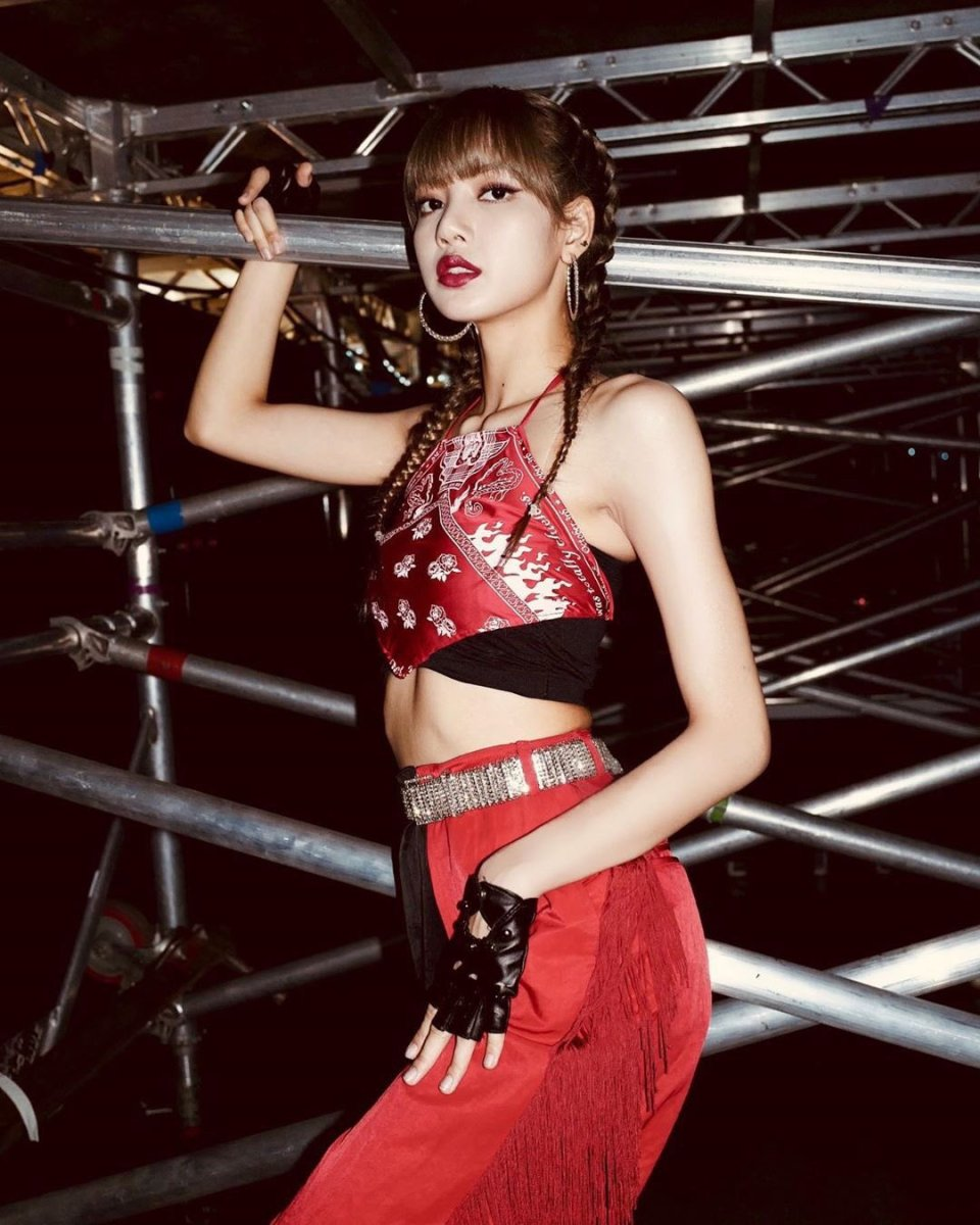 BLACKPINK Lisa Instagram and Insta Story Update, May 25, 2019
