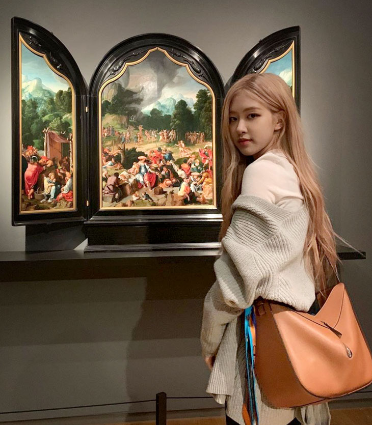 BLACKPINK Rosé Instagram and Insta Story Update, May 19, 2019