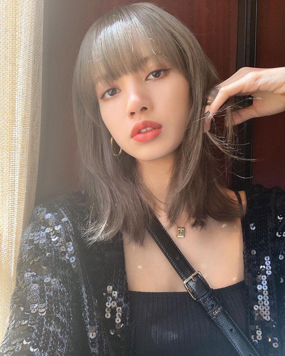 1-BLACKPINK-Lisa-Instagram-Update-4-July-2019
