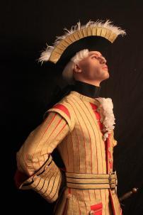 """Trompette des Gendarmes de la Garde vers 1722 - pic by """"La Maison du Roy"""""""