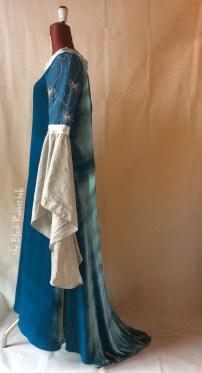 Arwen requiem gown - LOTR