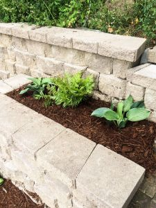 retaining wall with planter