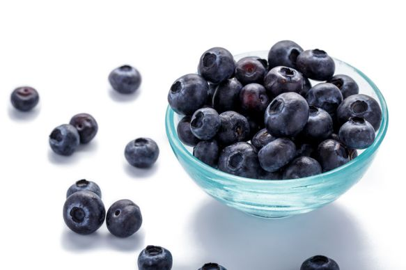 Bowl of Blueberries photo by Ferlii / 123rf.Com