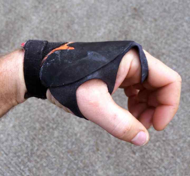 Ocun climbing glove