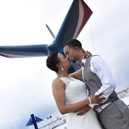 Georgina & Tarvas, Southern Love with an Island Twist 3