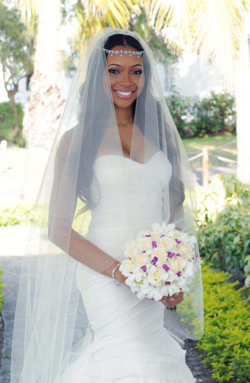 3-Bridal-Portrait-960x1470 Southern Love in Montego Bay