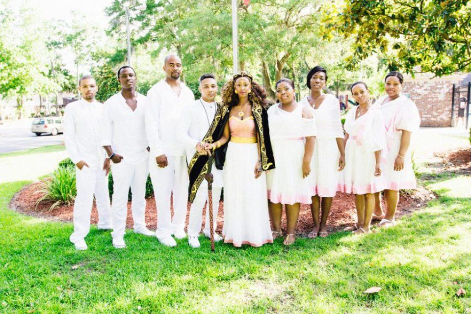 IMG_1715-960x640 Classic Savannah Love Story