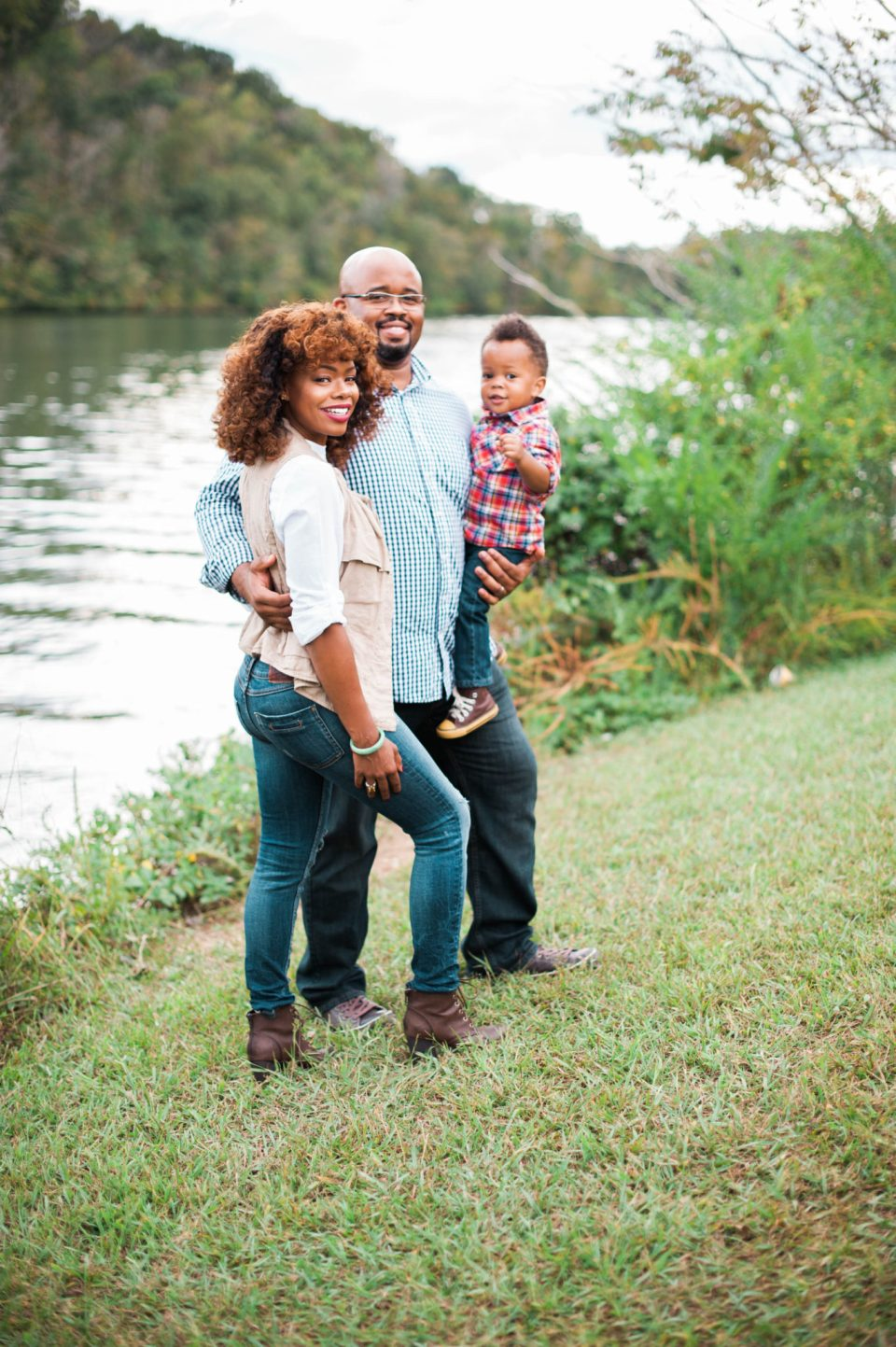 U2C6139-960x1443 Knoxville Waterfront Family Photo Shoot