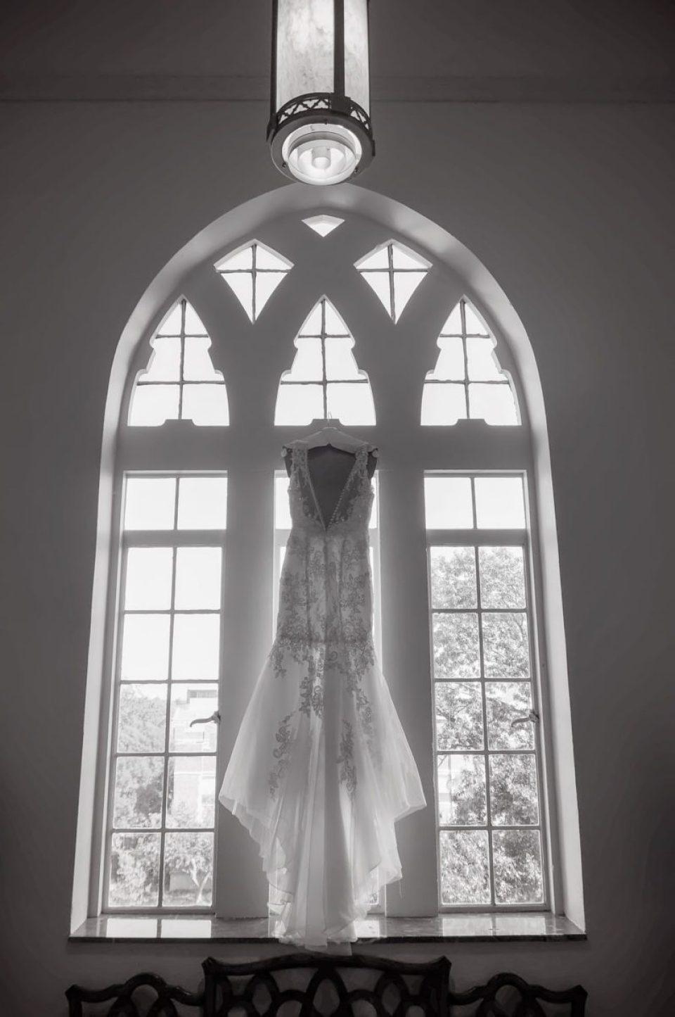 Clay-Wedding-0003-960x1445 Modern Vintage Wedding in Oklahoma