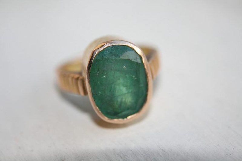 Emerald_Ring Southern Wedding Traditions: Pearls, Sleeves and Emeralds