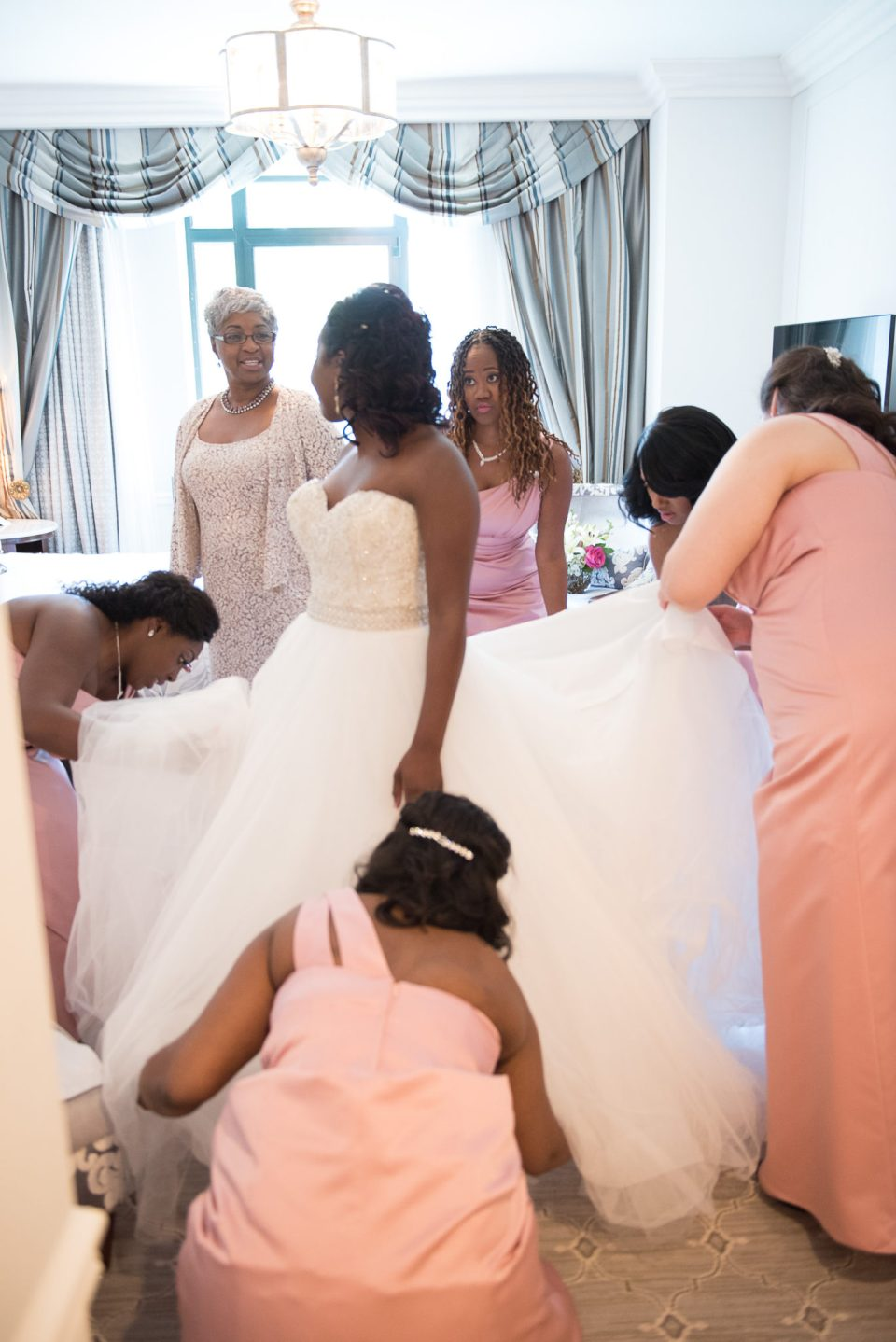 Getting-Dressed-40-of-73-960x1438 Classic Charleston Nuptials