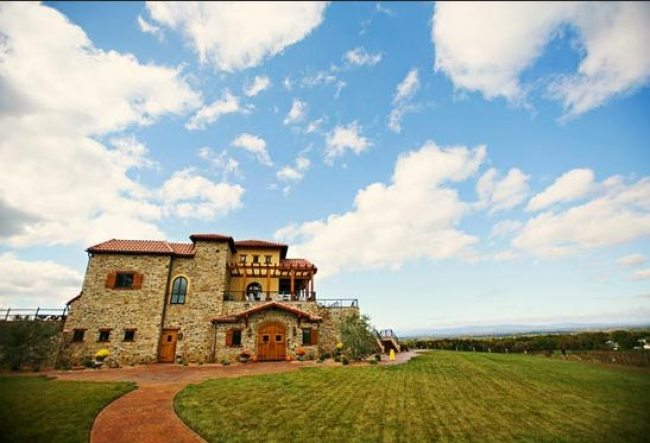 32 Leave It All Behind: How to Experience Tuscan Wines in the Heart of North Carolina