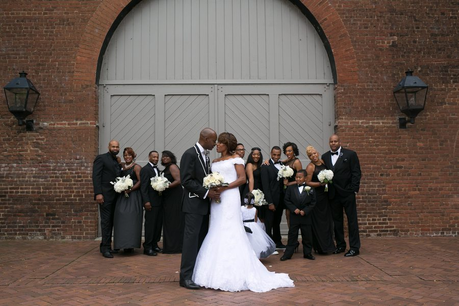 Royster_Roane_Divine_By_Design_Image_untitledshoot916_low Bold Black and White Richmond, Virginia Wedding