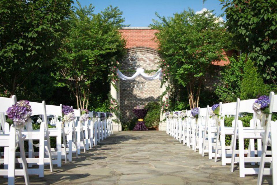 316_resize-960x640 Southern Inspired, Greensboro, NC Wedding
