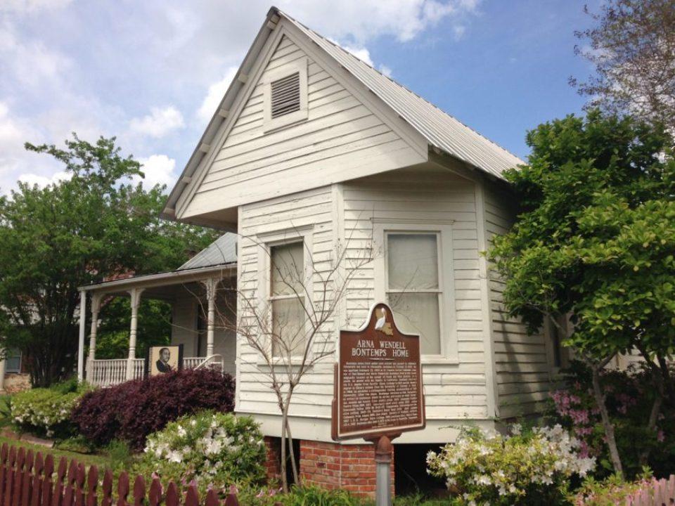 Bontempshome-960x720 5 Historical Black Southern Homes
