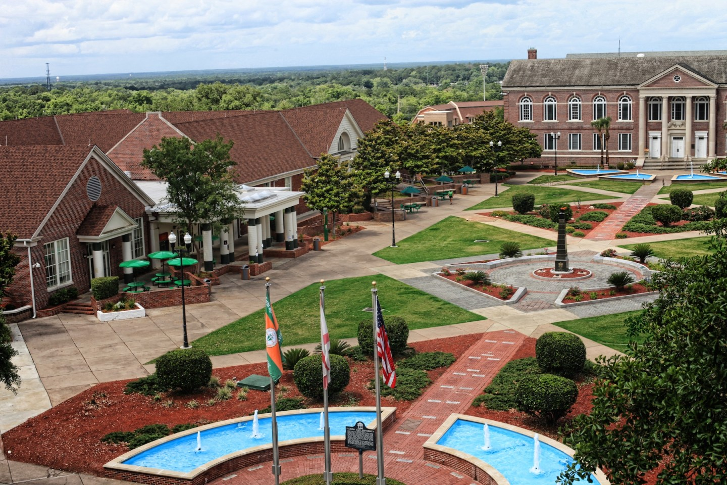 10 Heavenly HBCU Campuses 11