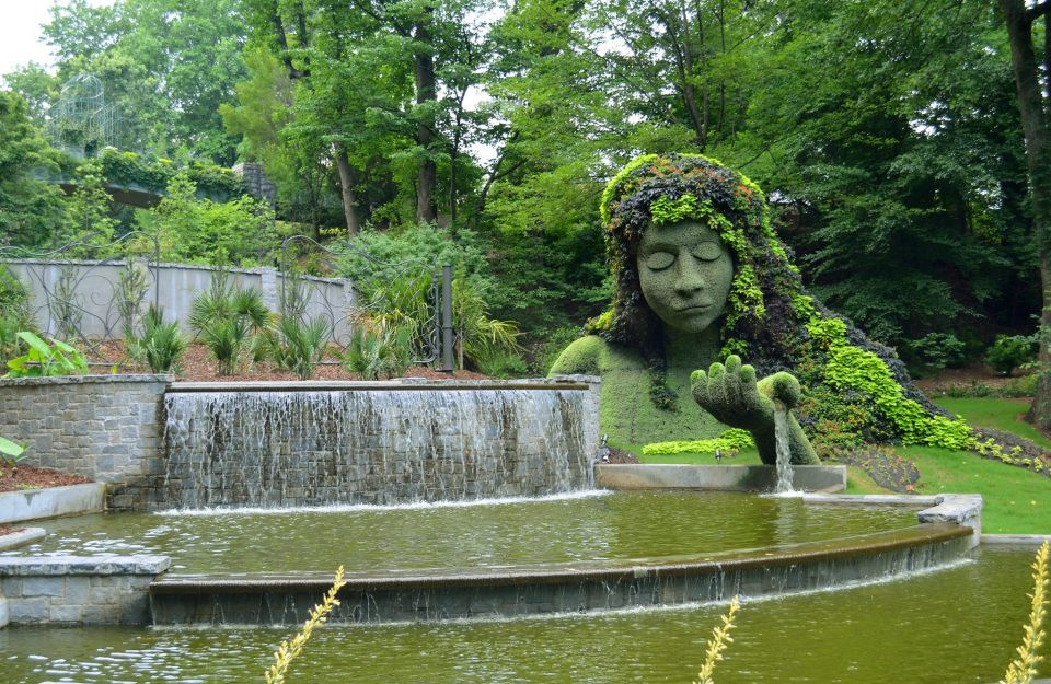 Mosaiculture_at_the_Atlanta_Botanical_Garden