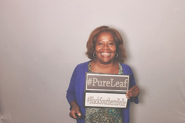 8-10-16-dd-atlanta-photobooth-black-southern-belle-tastemaker-summit-robotbooth20160810072