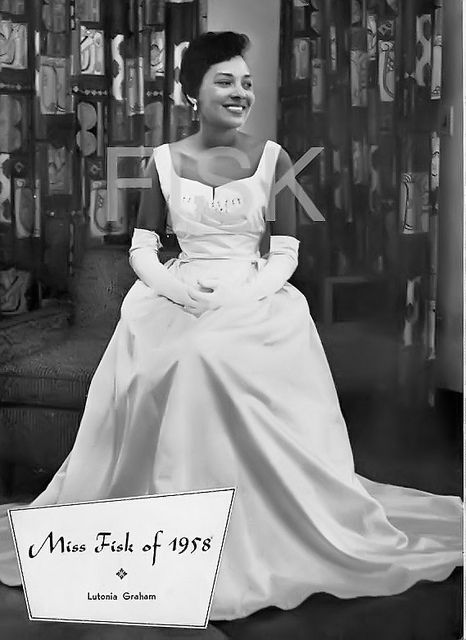 Ms.-Fisk 9 HBCU Homecoming Queen Looks We Love from the Past