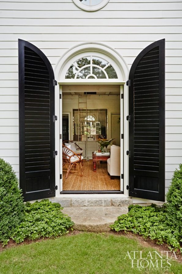 s_dixon50171-595x892 5 Greenery Designs and Tips for a Black Southern Belle Home