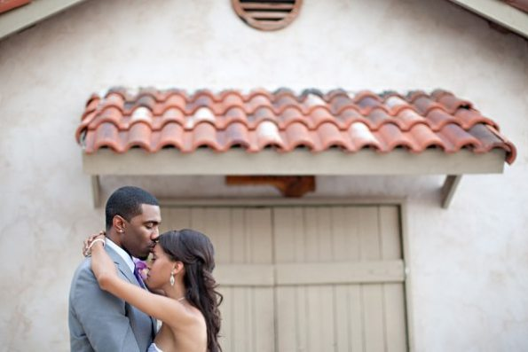 76VillaAntoniaWeddingBrittanyandKeithbyIvyWeddings-595x397 Romantic Texas Villa Nuptials