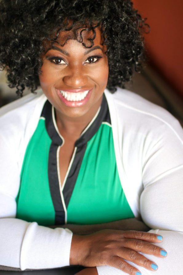 IMG_4661-595x893 5 Reasons to Get Professional Headshots from Kristen Gordon