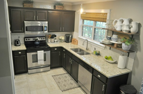 kitchen-02-595x395 Home Tour: Living Pretty on a Penny with Atlanta Lifestyle Blogger