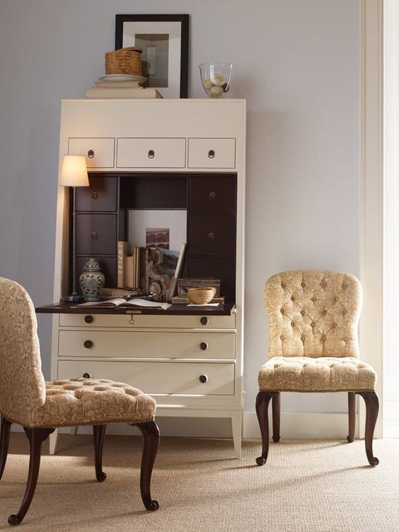 f2107b3bfaebb9ac4938bfd4154cbf6b 13 Favorite Items for Decorating Your Home Office