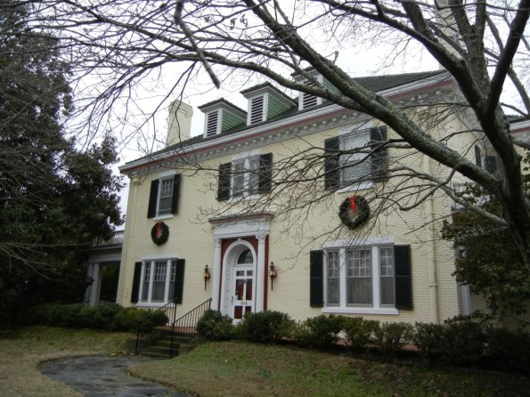 MM-2-1024x768-595x446 6 Black Owned Bed & Breakfasts In the South