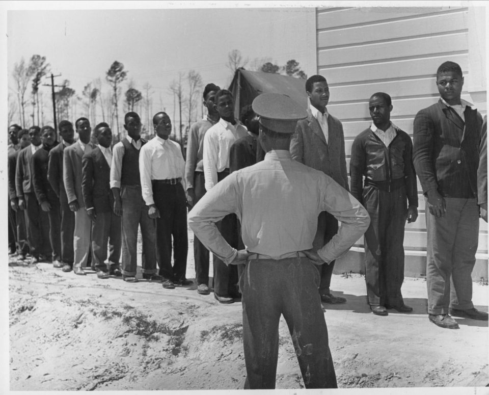 Photolibrary-recruitsatmontfordpoint-highres-2892x2335-960x775 Black Southern Belle History - Montford Point Marines in Jacksonville, NC