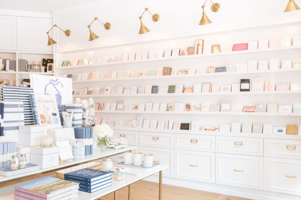Sugar-Paper_Newport-Beach-store_20-960x640 How to Decorate Your Home Like a Stationery Store