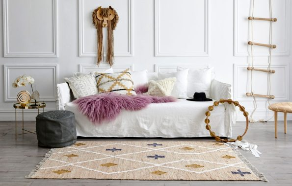 07_170816_AmigosDeHoy_231-595x380 5 Tips for Choosing Your Rug Size from Art & Hide