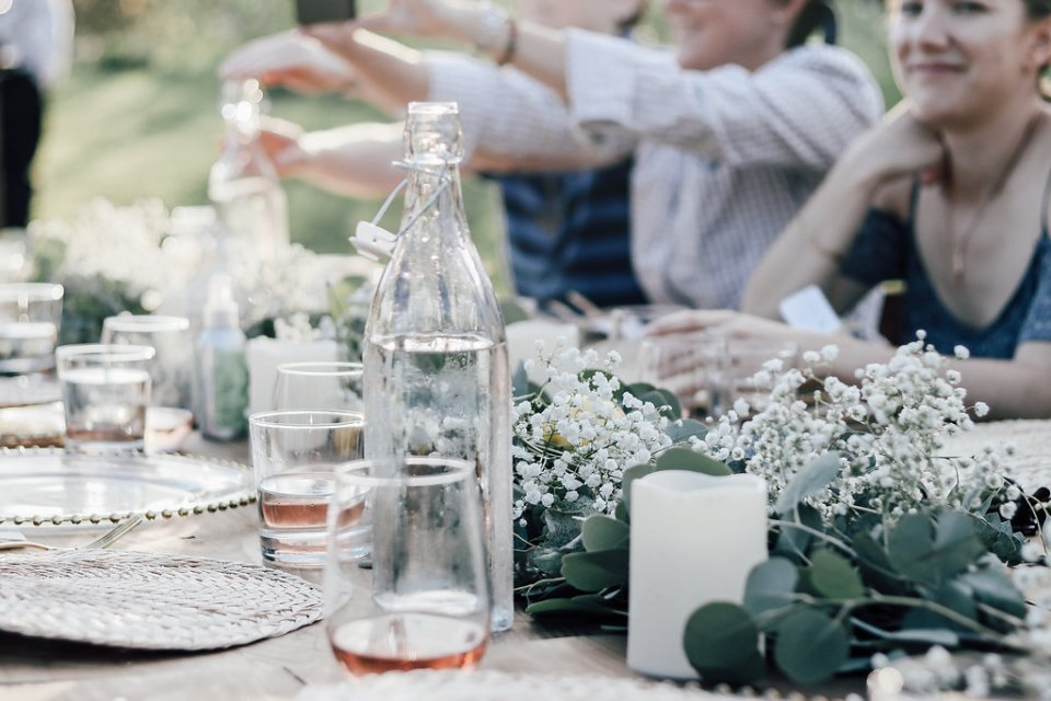 TheTableExperienceOldSalem-6296-960x640 6 Tips on How to Host a Dinner Party Like a Chef