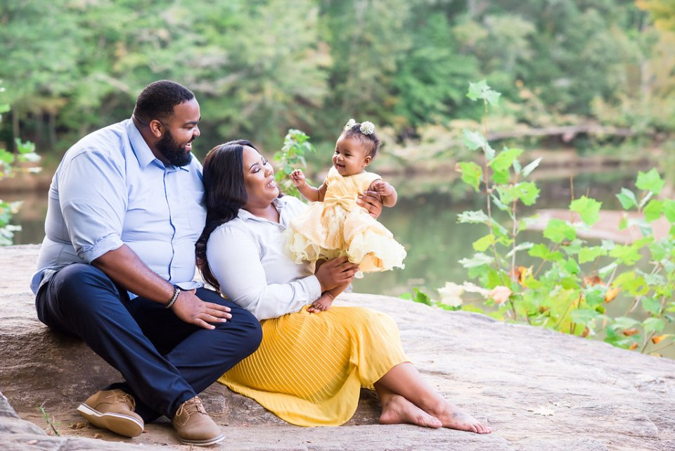 5 Tips for Family Portraits with an  Infant