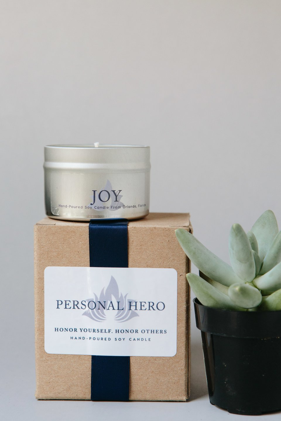 Personal-Hero_Candles_0125-copy-960x1440 5 Tips for Choosing the Perfect Holiday Gift