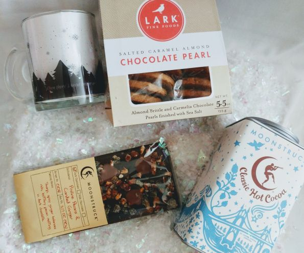 Ceh-Flora-Warmth-Cocoa-595x495 5 Winter Gift Baskets You Must Buy