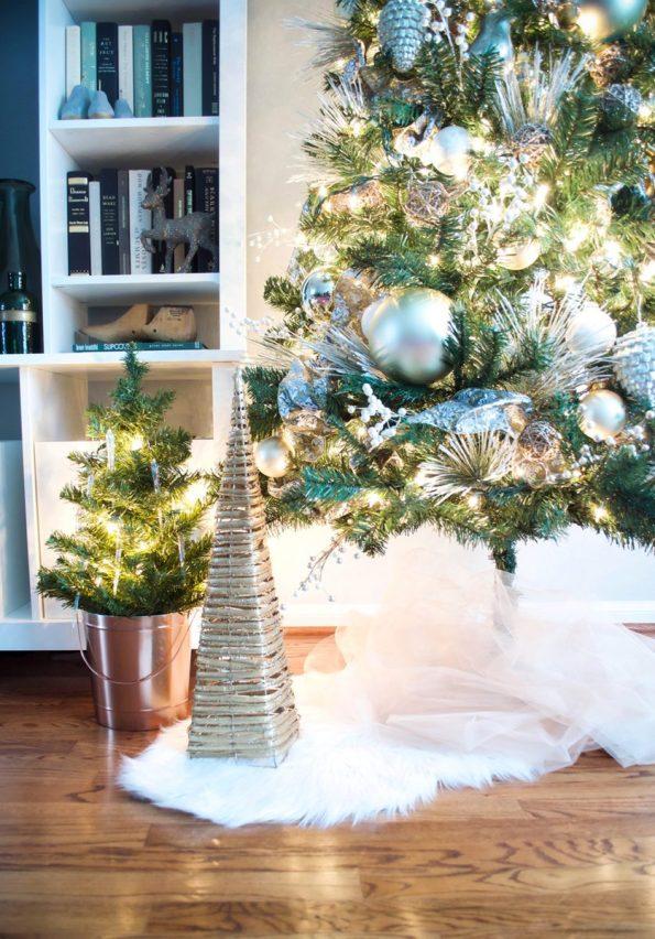 7-Stash-of-Panache-Holiday-Decor-595x852 How Houston-Based Interior Designer Alana Frailey Decorates Her Home For The Holidays