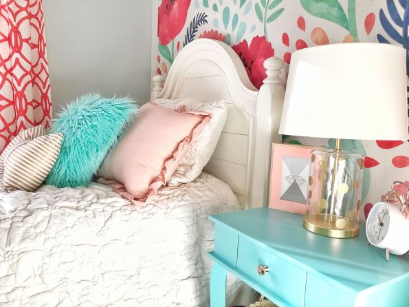 HPXCE8770-595x446 3 Tips on How to Decorate a Southern Girl's Room