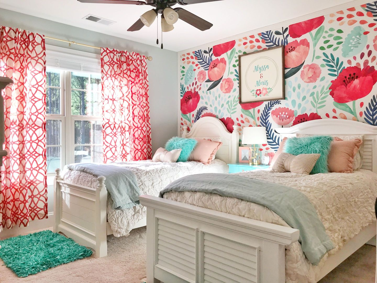 IMG_4055-1440x1080 3 Tips on How to Decorate a Southern Girl's Room