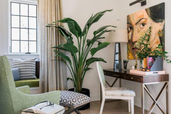 HGTV-Smart-Home-2018-Flex-Space-Desk 20 Images of Coretta Scott King We Adore