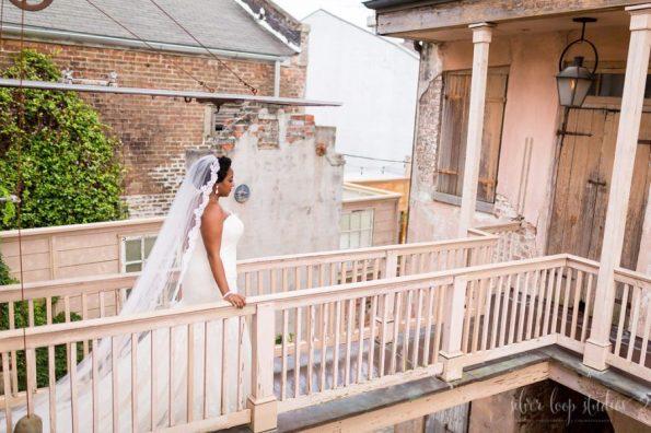 MyaKeithSneakPeeks-0033-1-595x396 Classic New Orleans Nuptials - NOLA Wedding Inspiration