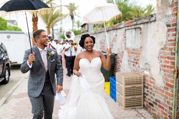 MyaKeithSneakPeeks-0080-1-595x396 Classic New Orleans Nuptials - NOLA Wedding Inspiration