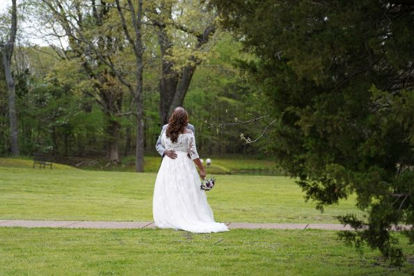bsb21-595x397 Memphis, TN Wedding with Southern Style