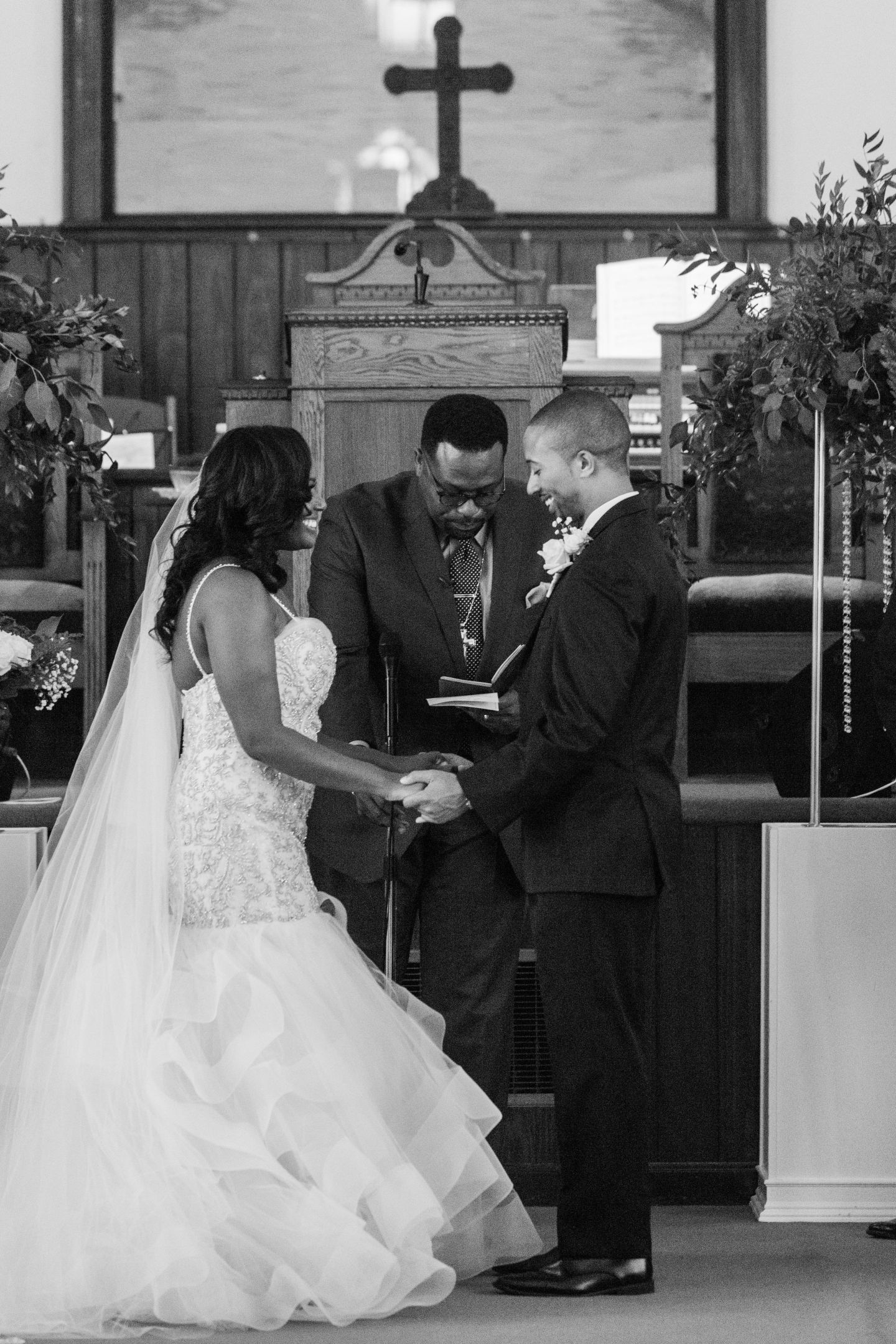 Mr.-and-Mrs.-Boykin-242 South Carolina Wedding with Classic Style