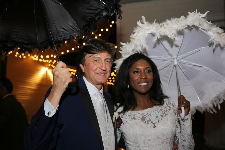 pq62cwgaddx9wyoodg08_big NOLA Wedding with Broadway Style