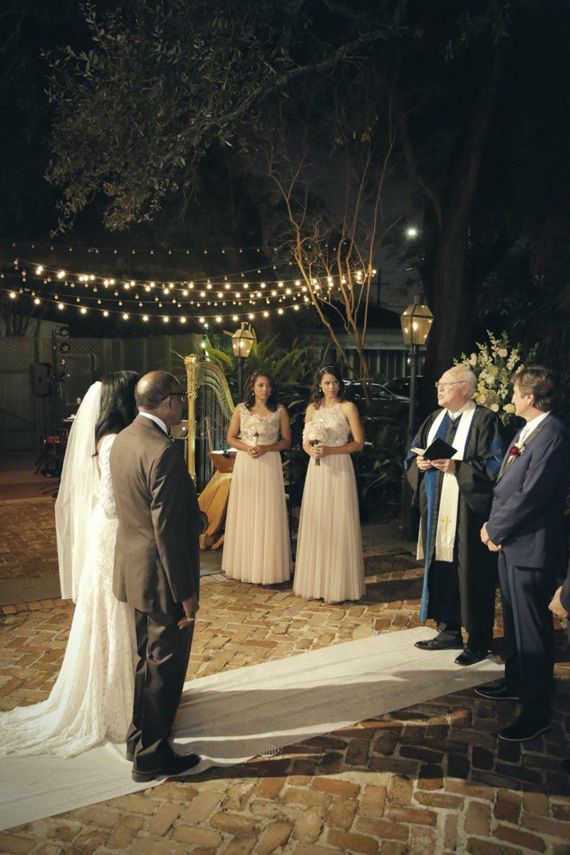 z6dfm7zyc2xg1byg6f42_big NOLA Wedding with Broadway Style