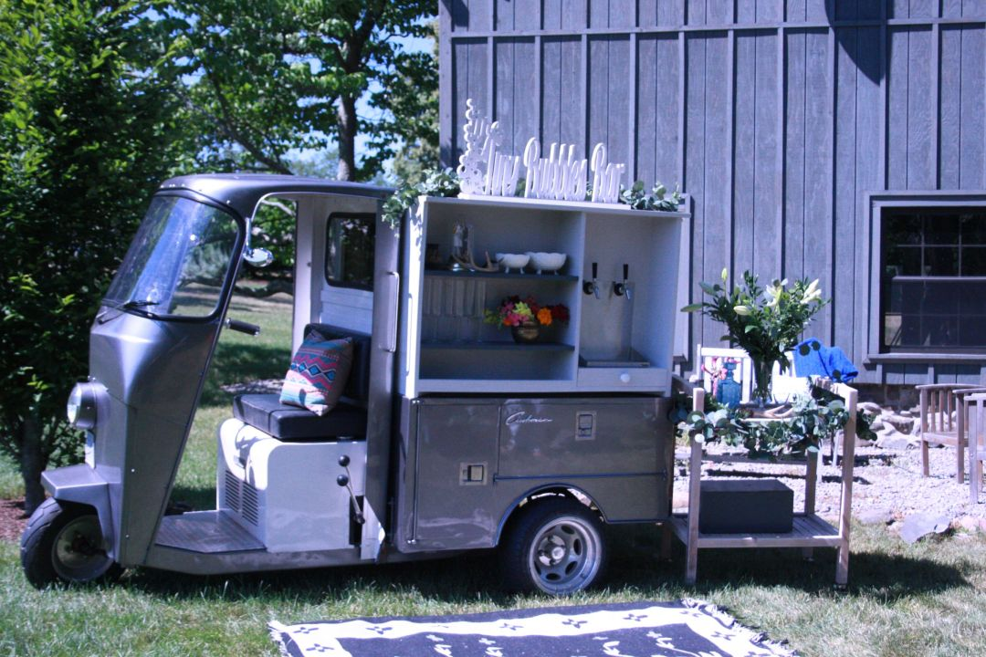 IMG_1990 Tips For an Unforgettable Wedding Bar from Hudson Trailer Company