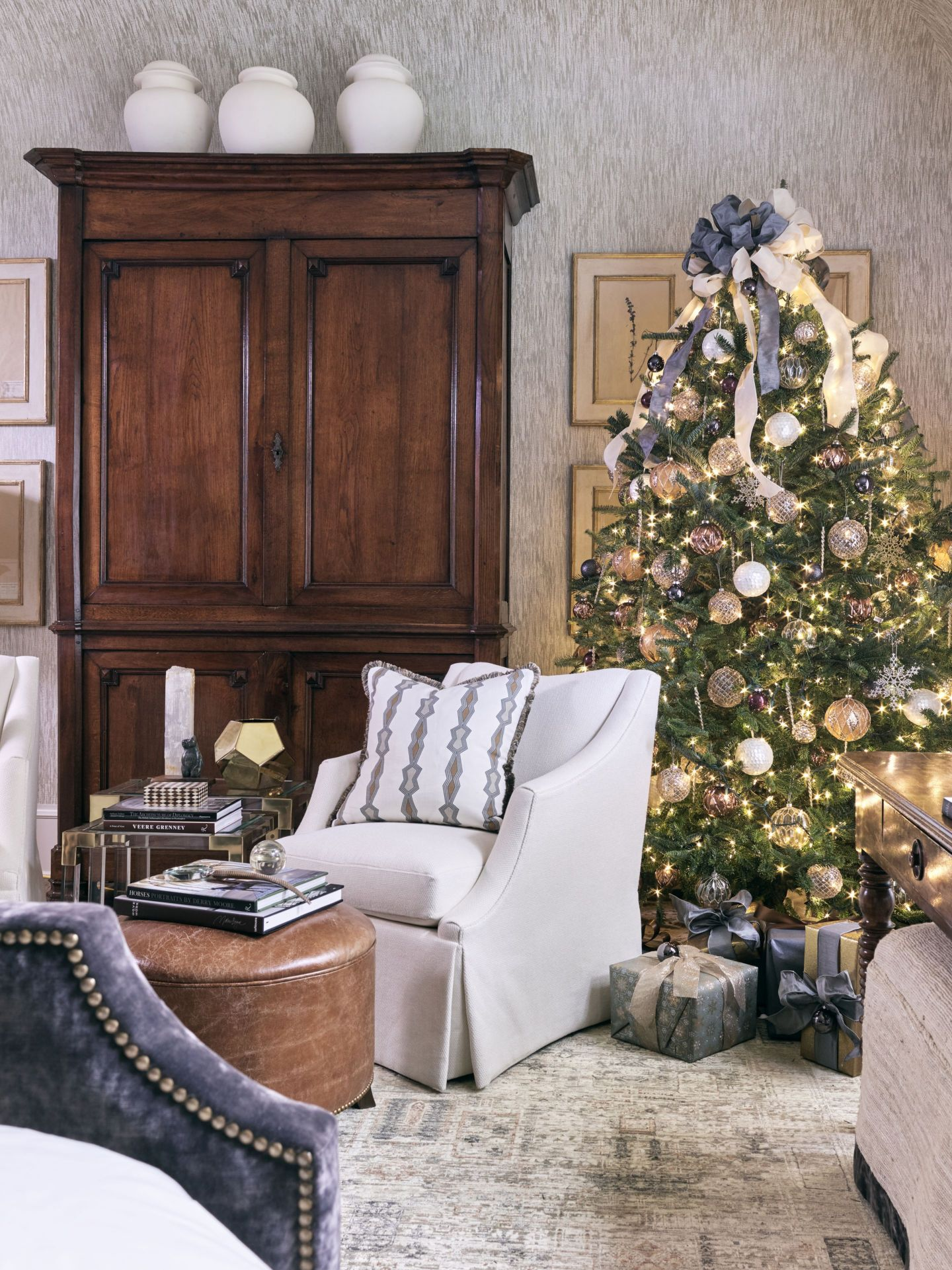 AHL_181113_showhouse32072_Jessica-Bradley-Interiors Home for the Holidays 2018: Atlanta, GA Style