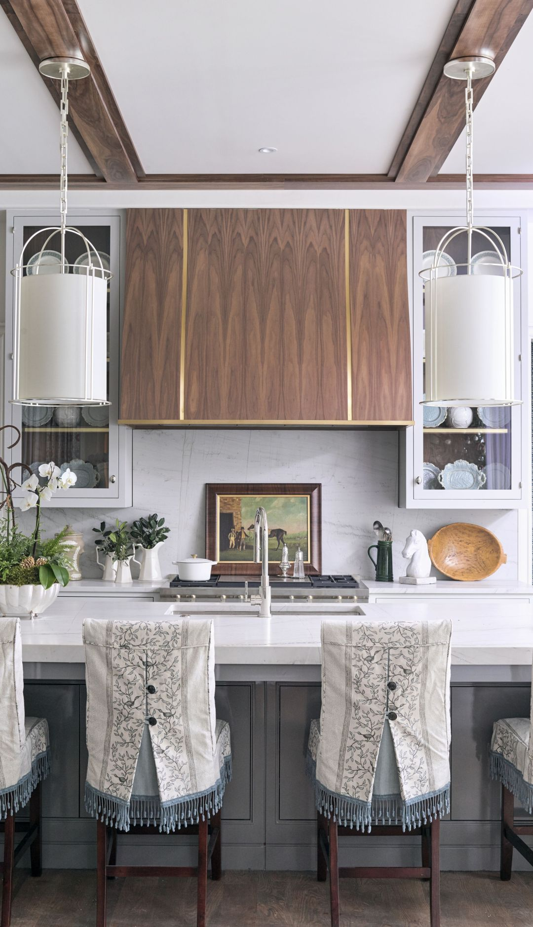 AHL_181113_showhouse32165_Kingdom-Woodworks-Cabinetry-and-Liz-Godwin-interior-design Home for the Holidays 2018: Atlanta, GA Style