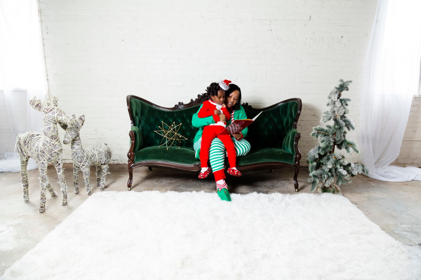 qeb83c379tih4nhwgt54_big Mommy & Me Christmas PJ Session in Greensboro, NC